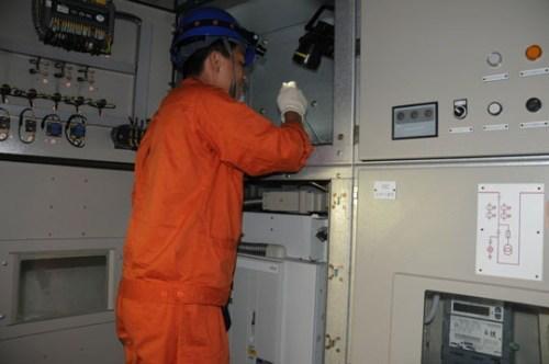 德兰电气检修低压配电柜