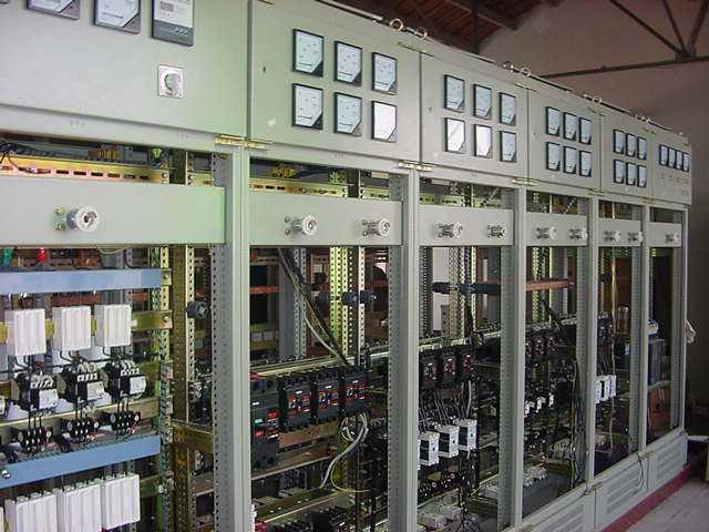 低压配电柜接线
