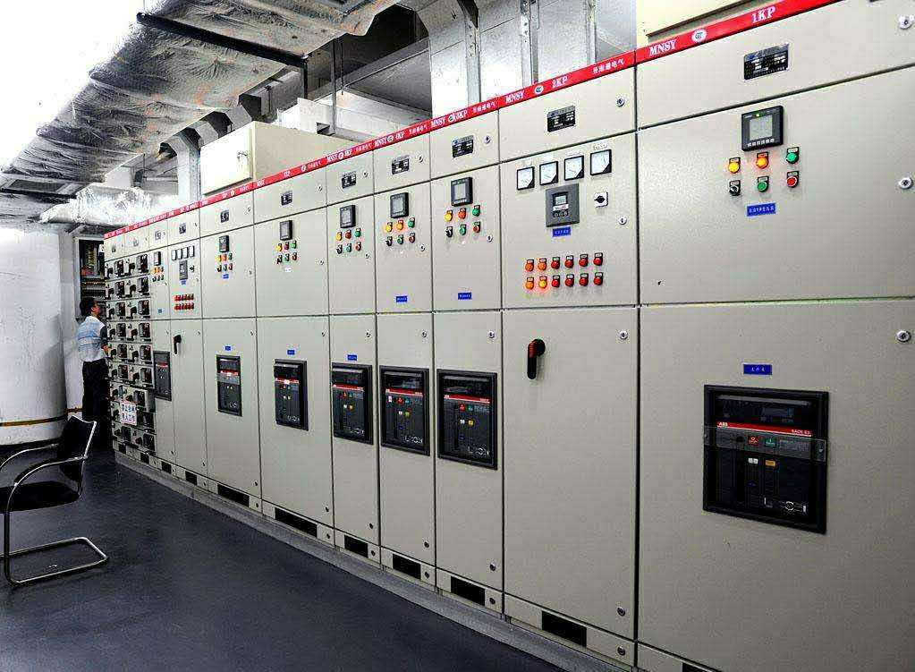 石家庄配电柜,河北配电柜,石家庄变频柜,石家庄PLC控制柜
