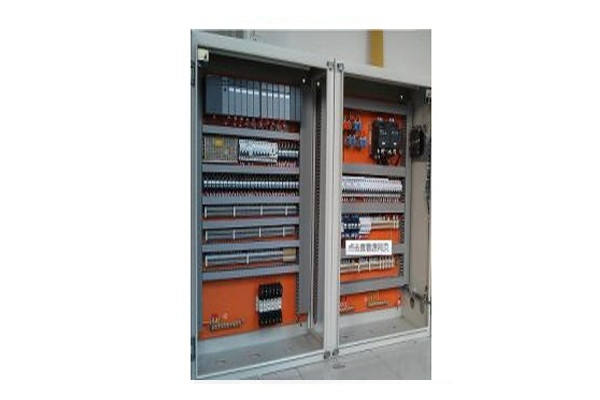 PLC控制柜集成